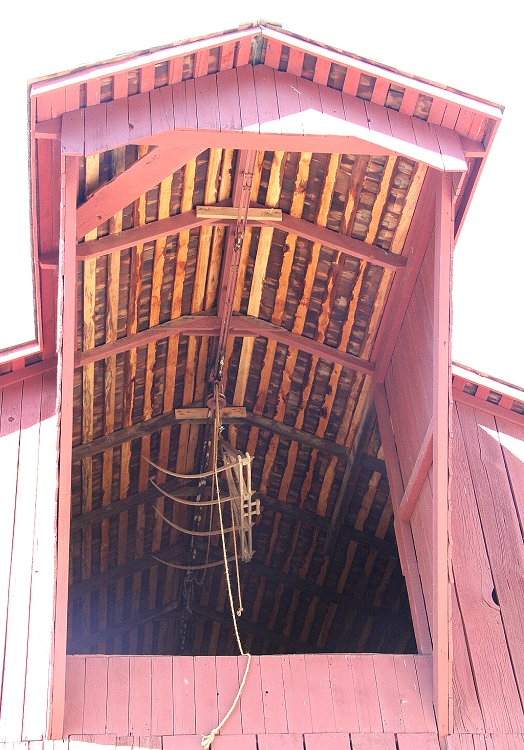 Barn Roof Overhang