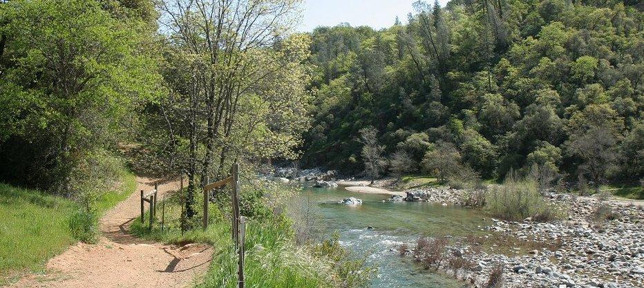 Yuba river camping swimming best camp 2018 for Yuba river retreat cabins